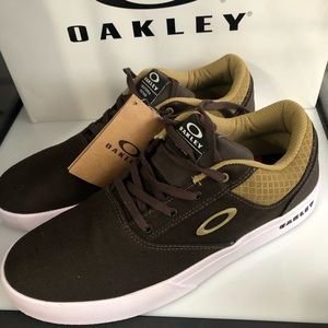 new oakley mens shoes rare size 11
